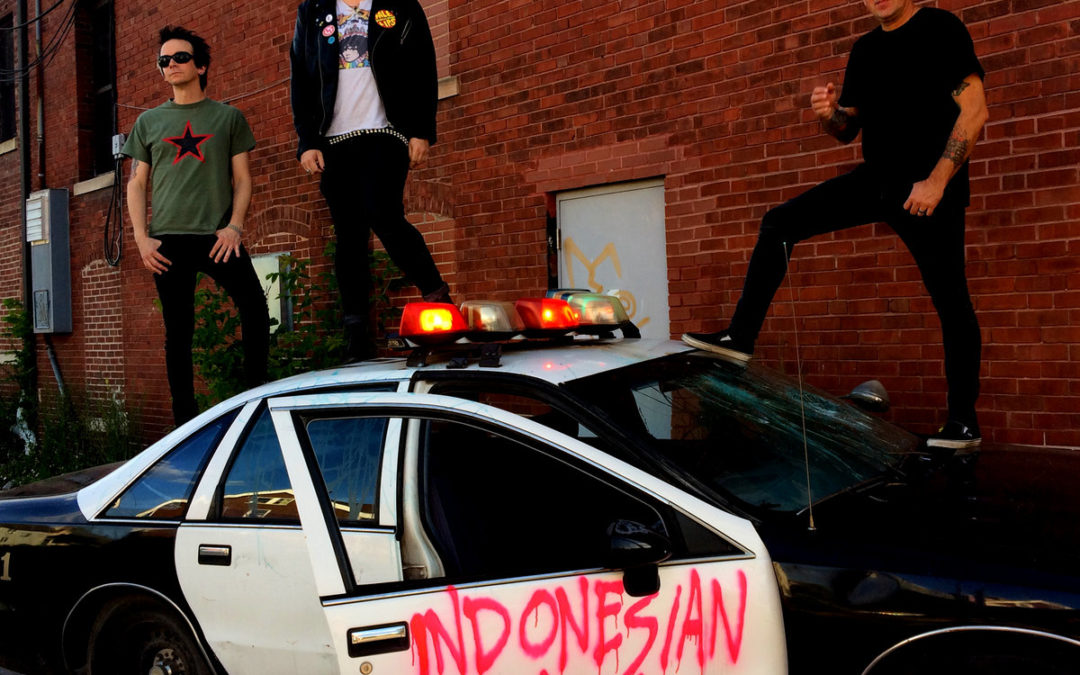"Reviewed: Indonesian Junk ""Stars in the Night"""